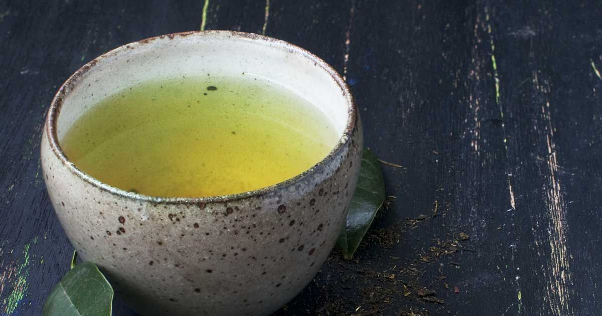 If you drink one cup of green tea, here's what it does to your brain, teeth and heart